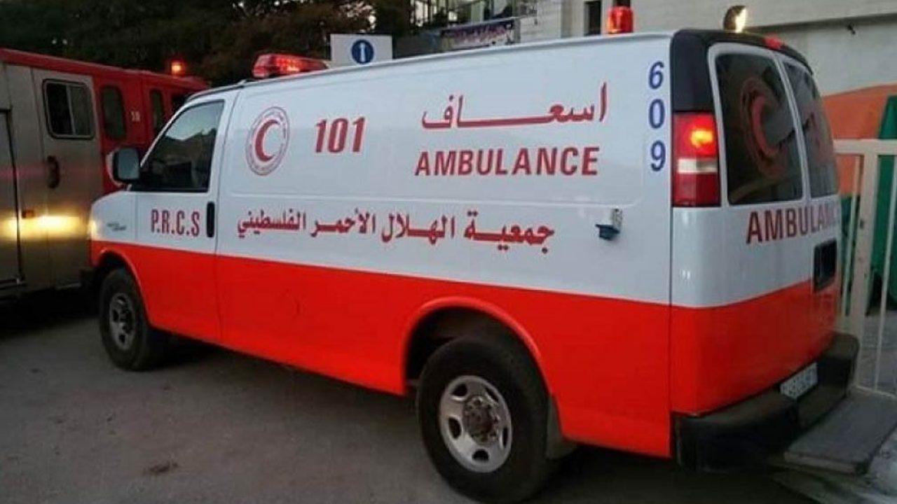 سيارة اسعاف تابعة لجمعية الهلال الاحمر - فلسطين