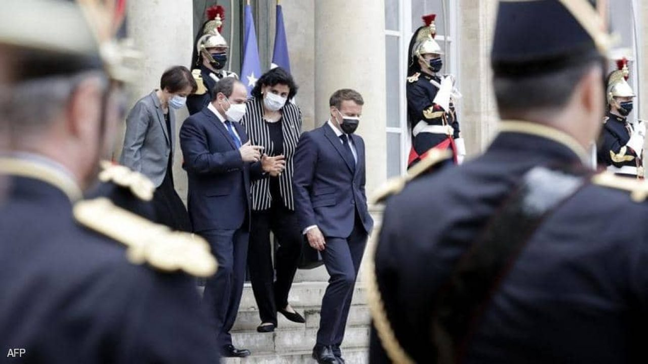الرئيس الفرنسي ونظيره المصري